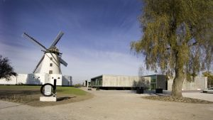Budget Hotel: d-hotel: Different Hotels in Kortrijk
