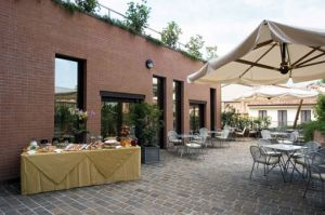 Golden Tulip Aemilia in Bologna