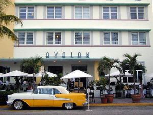 Hotel Avalon in Miami Beach