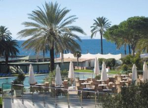 Hotel Atalaya Park Golf and Resort in Estepona